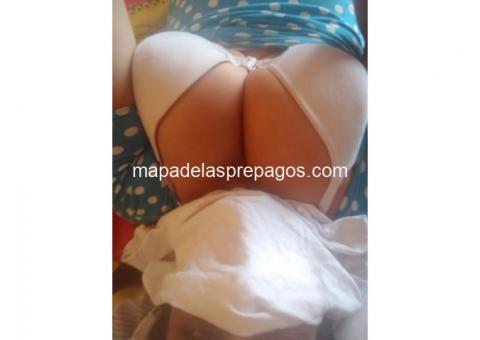 Esmeralda bella dama colombiana en el sur de quito